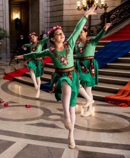 2013 Rotunda Series - Armenian Dancers (88 of 227)